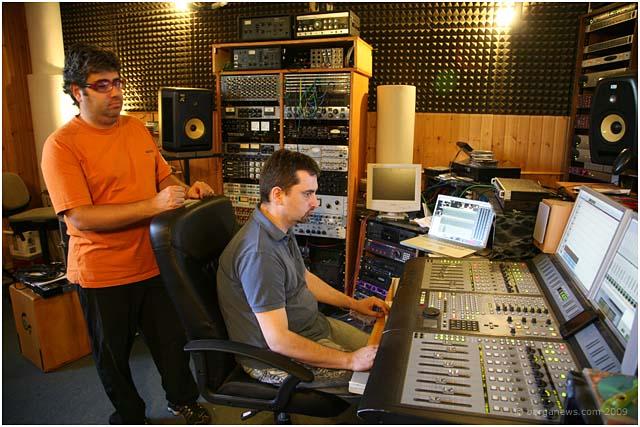 andrea-guzzoletti-recording-studio-barga-2009003.jpg