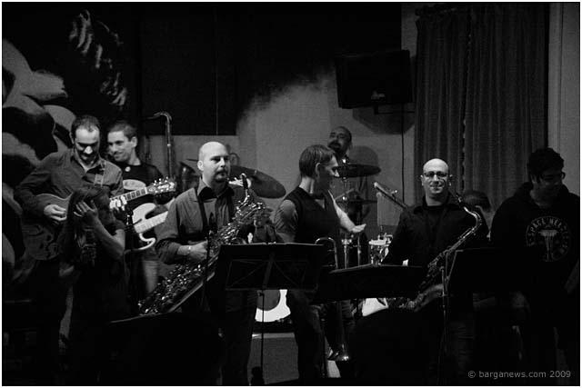 mr-pitiful-play-barga-jazz-club-barga-2009013