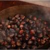 roast-chestnuts-in-barga-2009008