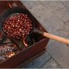 roast-chestnuts-in-barga-2009009