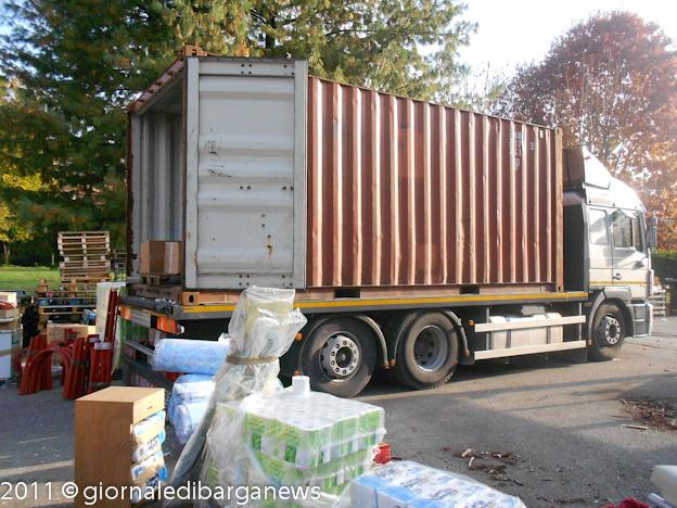 Un container di solidariet per il rwanda for Un container