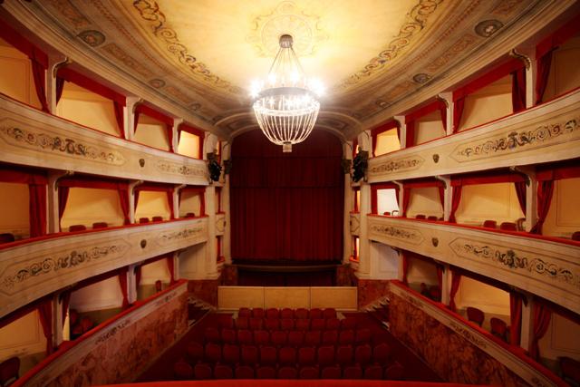 Teatro Differenti Barga 1