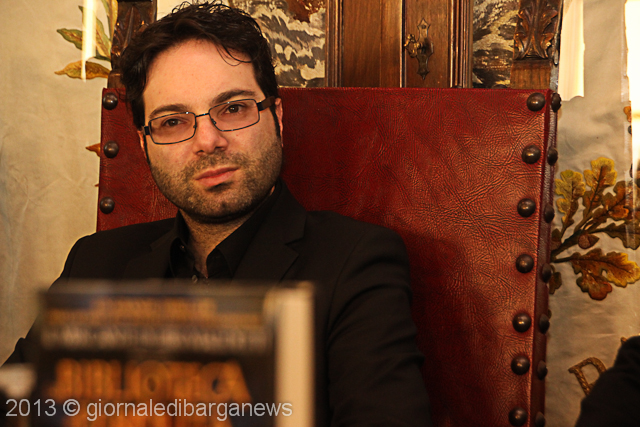 marcello simoni  A Barga Marcello Simoni con i suoi thriller medievali | barganews ...
